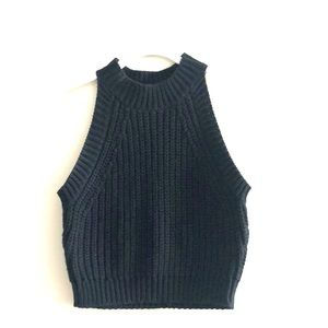 Tops - Knitted Crop- Black Small